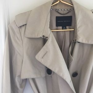 BR classic trench coat